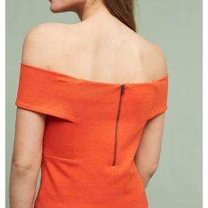 Off shoulder, crop top. Orange . - Anthropologie